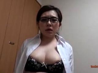 Brunette whore gives a juicy pov blowjob