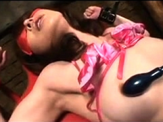 Asian cutie toys smut insertion in front hardcore shag