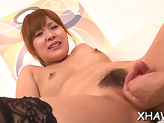 Chunky oriental love tunnel receives fingered