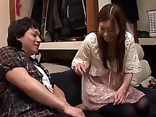 Jav adult star visits and plays with a fan